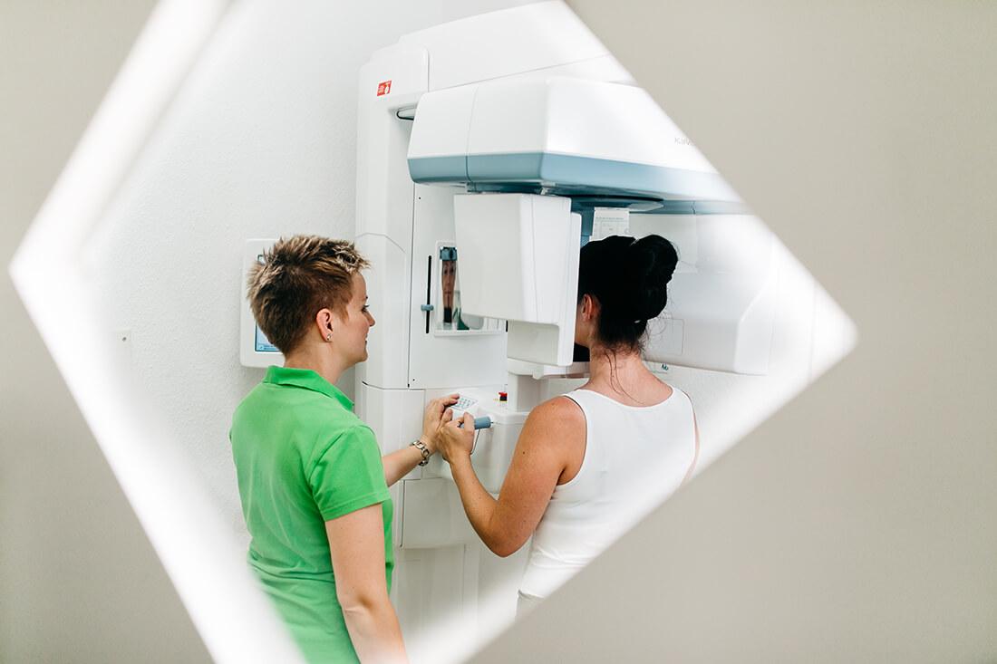 Zahnarzt Ulm - Zahnarztpraxis Dr. Wachter - Sanfte Zahnheilkunde - Praxis - Röntgen